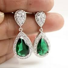 emerald green earrings best 25 emerald green earrings ideas on green