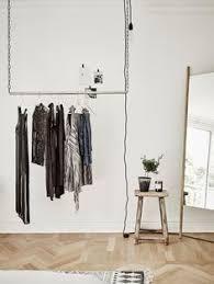 design kleiderstã nder portant clothes rack a suspendre l 135 cm clothes racks