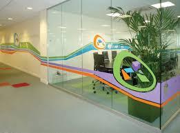 signaletique bureau une signalétique créative pour 165m2 de bureau design et nous