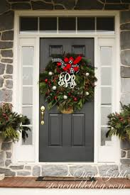 christmas door stonegable