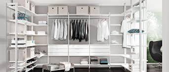 schlafzimmer system ideen schranksysteme aufzu con begehbarer kleiderschrank im