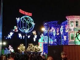 minutes u0026 10 seconds of musical christmas magic