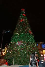 Rosemont Christmas Lights Budget Friendly Fun Festival Of Lights Brightens Promenade