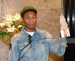 Empire State Building Halloween Light Show Pharrell Williams To Light The Empire State Building Yellow For