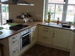 kche mit kochinsel landhausstil uncategorized geräumiges kleine zimmerrenovierung kuche mit