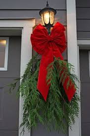 christmas swags for outdoor lights easy christmas swags window swags christmas decor and diy ideas