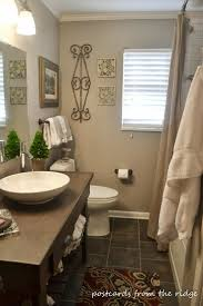 Pinterest Bathroom Decor by Best 25 Tan Bathroom Ideas On Pinterest Tan Living Rooms