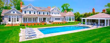 bernie sanders houses bernie sanders wants to seize your vacation homes harddawn com