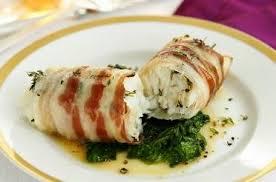 recette de cuisine plat loup de mer enrobé de lard plat de noël