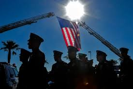 Fallen Officer Flag Number Of U S Police Officers Killed On Duty Rises In 2016 Time