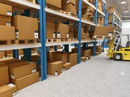 bureau de proximité marseille location entrepot de stockage avec bureaux marseille 13013 en zone d