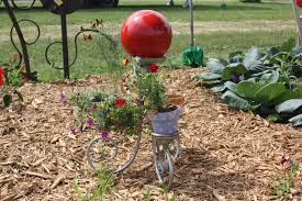 Gazing Ball And Stand Results For The Recycled Garden Art 2009 What U0027s The Buzz