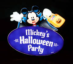 mickey u0027s halloween party at disneyland