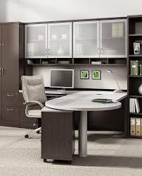 Cool Office Desk Ideas Best 25 Executive Office Decor Ideas On Pinterest Office Built