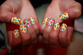 zebber nails u2013 sprightly spring florals sally hansen xtreme wear