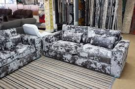 sofa fã r hunde used 3 2 glastonbury crush velvet sofa in wr1 worcester for