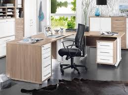 Eckschreibtisch Nussbaum Schreibtische Und Bürotische Im Online Shop Des Einrichtungshauses
