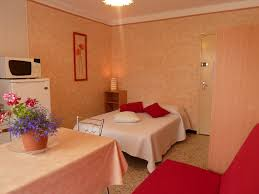 chambre d hote a agde chambres d hôtes villa fleurie chambres agde
