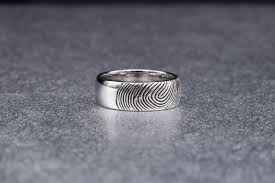 her fingerprint my wedding band pics