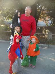louisville zoo halloween party fitting in the love world u0027s largest halloween party at the
