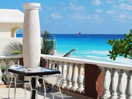 is it safe to travel to cancun images How to stay safe in cancun mexico jpg