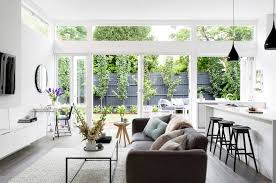 stylist julia treuel of show pony interiors has applied cool