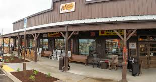 cracker barrel opens first west coast location in tualatin