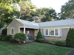 cozy cape cod home central cape location quiet neighborhood with