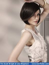 just below the chin length bob haircut in love with this short look my style pinterest bobs