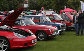 classic car show in pictures classic car show draws in crowds and raises thousands