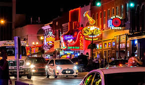 top bars in nashville tn top 10 honky tonks and dive bars on broadway in nashville tn