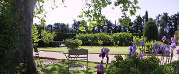 Un Mas En Provence Bed And Breakfast Mas De La Gravière In Cheval Blanc Avignon Et