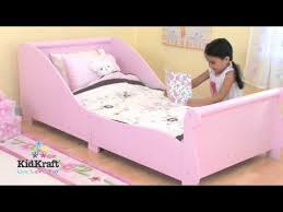 Sleigh Toddler Bed Www Tedstoyshop Co Uk Kidkraft Pink Sleigh Toddler Bed 86735 Youtube