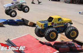 remote control grave digger monster truck everybody u0027s scalin u0027 u2013 all about the smt10 big squid rc u2013 news