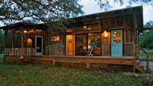 Small Cabin House La Arboleda A Reclaimed Space Rustic Small Cabin Tiny House Pins
