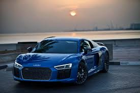 Audi R8 V10 Plus - the audi r8 v10 plus and rs6 performance are almost kissing