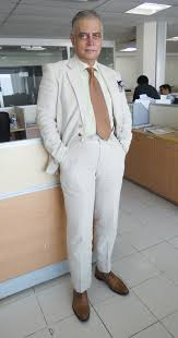 light gray suit brown shoes what i am wearing today page 10 this is a blog about men s style
