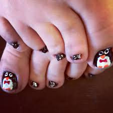 diy penguin toe nail art pedicure for winter beauty tips