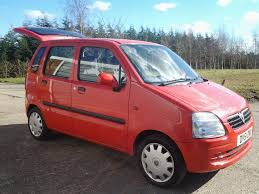 vauxhall agila mpv 1 2 ecotec 2002 51 reg u0027 red with grey interior