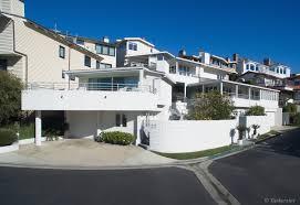 see inside warren buffett u0027s beach house is on the market for 11