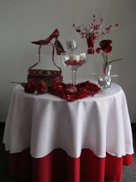 valentines day table runner valentines day table displays store supply warehouse forum