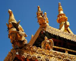 roof ornaments on the jowo shakyamuni lhakhang temple with flickr
