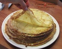 cuisiner des crepes recette pâte à crêpes froment le de cuisine et ustensiles
