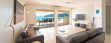 seastar apartments airlie beach accommodation