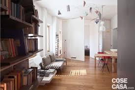 pareti particolari per interni 80 mq con pareti apribili trasformano l open space in ambienti
