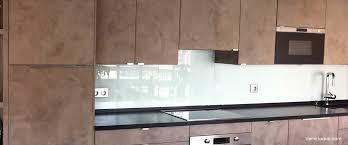 credence cuisine verre trempé verre laqué sur mesure couleurs au choix professionnel au juste prix