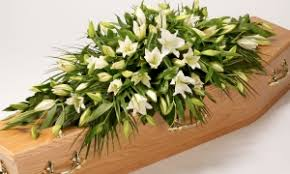 flowers for funerals uk florists directory find florists for funeral flowers uk