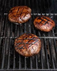 how to grill perfect new york strip u0026 portobello mushroom steaks