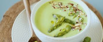 cuisiner asperges vertes fraiches recette coup de coeur velouté d asperges vertes