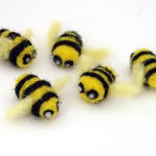 bumble bee decorations 5 needle felted bees felt bumble bee decorations small